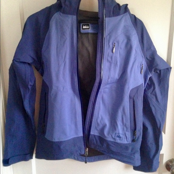 REI Jackets & Blazers - REI Insulated Rain Coat Jacket Detachable Hood, XS